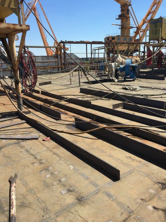 Lower bridge deck IMG_0687